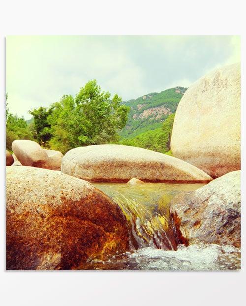 photo deco paysage Et au milieu coule une rivière
