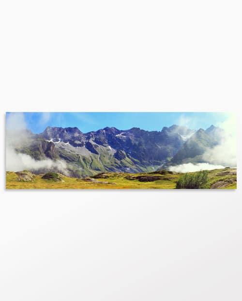 Panoramique photo Les montagnes embrumées