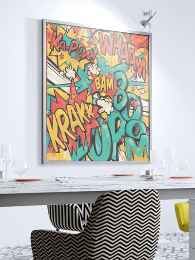 Conseil déco pour agrandir la pièce : un grand tableau pop art coloré