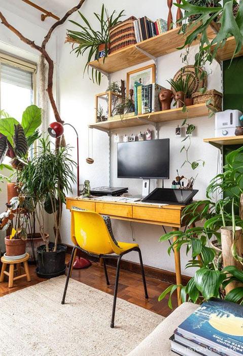 Adoptez le style jungle pour la déco de votre bureau